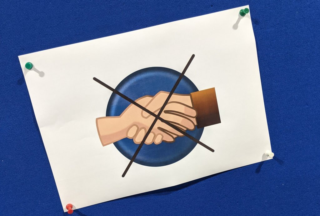 Händeschütteln verboten beim ERF 2020